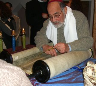 7 - Holocaust Torah Reading - Allen cropped